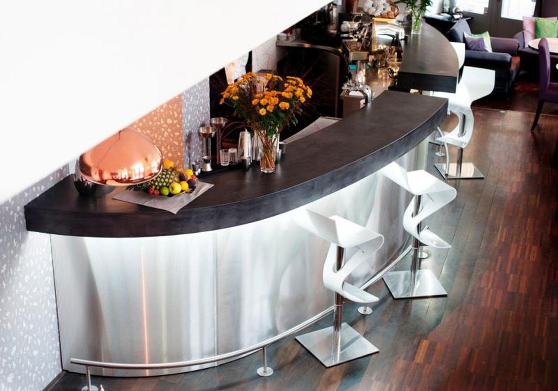 Barový pult, Restaurace v centru Prahy
